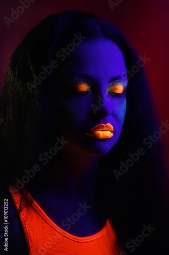 Photo  Neon Art Makeup