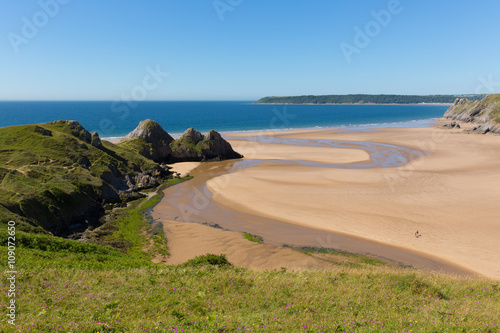 Tuinposter Centraal-Amerika Landen Three Cliffs Bay the Gower Wales uk in summer sunshine beautiful part of the peninsula