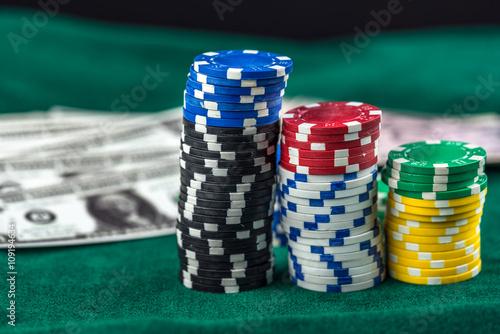 Gambling American Money and Money Chips плакат