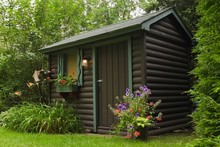 Brown Painted Log Garden Shed ...