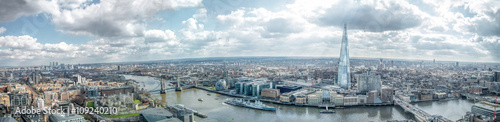 Photo  London Cityscape Skyline Wide Panorama. Famous Landmarks