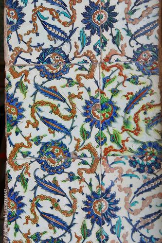 Poster  Iznik lapis  tiles with tulip pattern