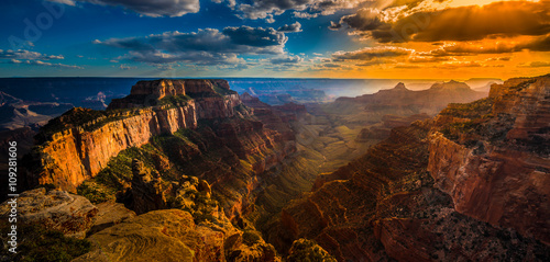 In de dag Canyon Grand Canyon North Rim Cape Royal Overlook at Sunset Wotans Thro