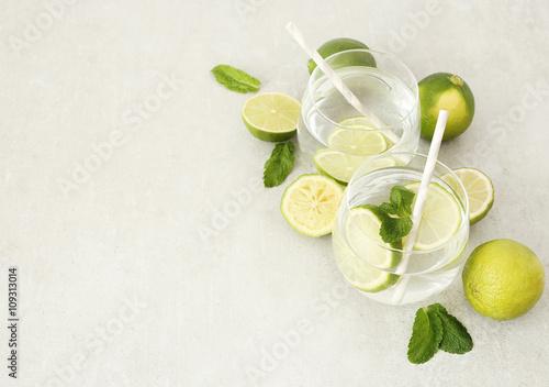 Fototapeta Refreshing drink obraz na płótnie
