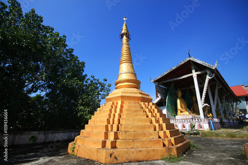 Foto op Aluminium Oude gebouw Ancient Pagoda at Temple, Thailand