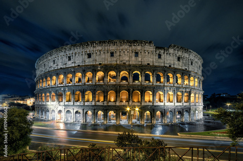 Vászonkép Famous ancient Roman Colosseum (Coliseum) at night, Rome, Italy