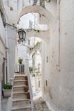 Fototapeta Na drzwi - Narrow streets of Ostuni, Italy