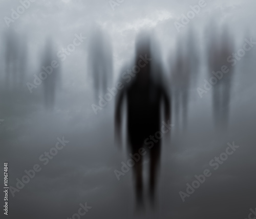 Photo  Blurred mysterious people walking