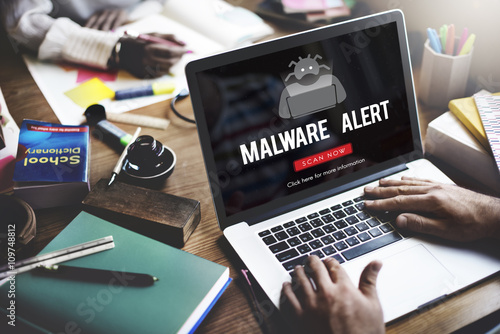 Fotografía  Scam Virus Spyware Malware Antivirus Concept