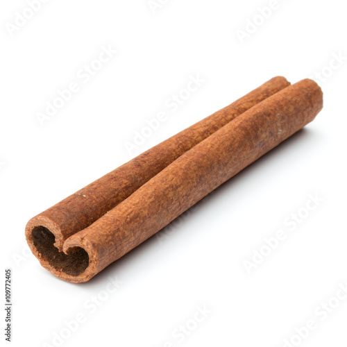 cinnamon stick spice isolated on white background closeup Canvas-taulu