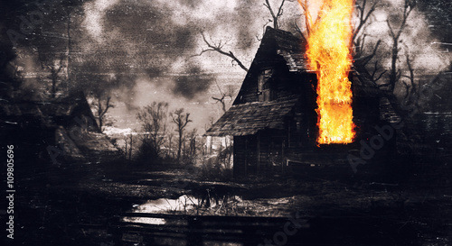opuszczony-stary-dom-w-przerazajacym-nocnym-lesie