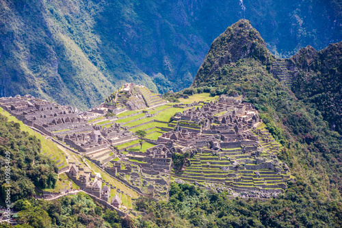 Foto op Canvas Lavendel Ruins and terraces of Macchu Picchu landscape