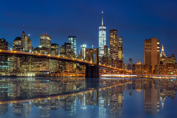 Fototapeta na wymiar New York - Manhattan Skyline with skyscrapers and Brooklin Bridg