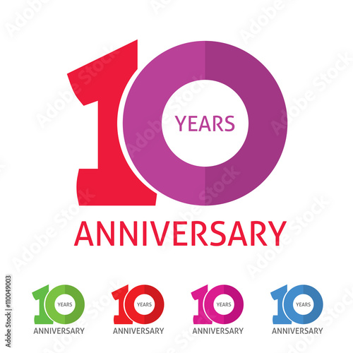 Th anniversary logo template with a shadow on circle