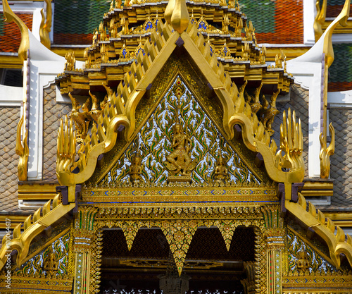 royal palace in Bangkok Canvas Print