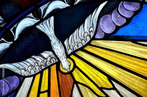Foto op Canvas Alcohol stained glass window depicting Pentecost