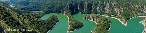 Deurstickers Rivier Meanders at rocky river Uvac gorge on sunny morning, southwest Serbia