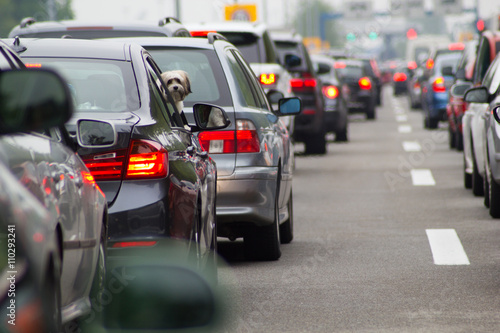 Fotografia Cars on road highway in traffic jam