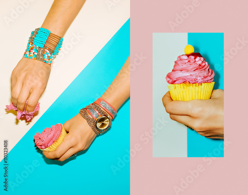 Papiers peints Cactus Be Sweety. Fashion accessories jewelry. Summer trend.