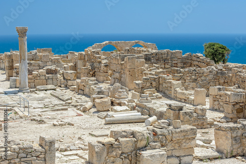 Poster Ruine Ruins of basilica in ancient town Kourion on Cyprus