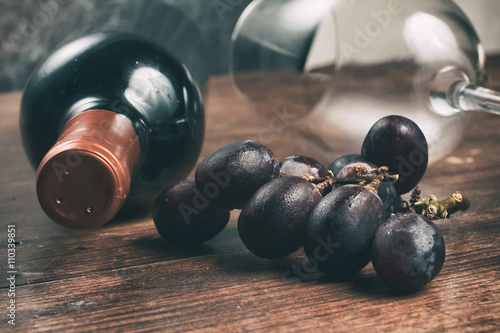 Fotografie, Obraz  Wine Bottle and Grapes