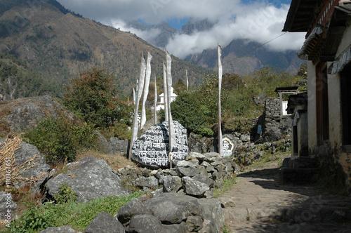 Fotografie, Obraz  Mani Stones & Prayer Flags Along The Sherpa Trail, Himalayas, Nepal