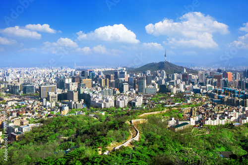 Photo sur Aluminium Seoul View of cityscape and Seoul tower in Seoul, South Korea.