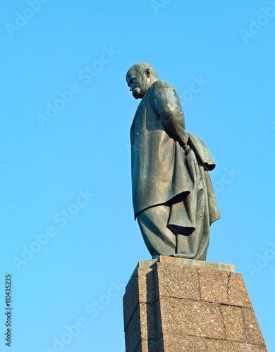Papiers peints Artistique Monument of Taras Shevchenko in Kaniv