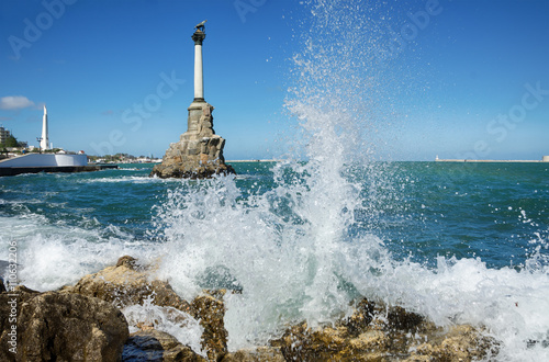 Fényképezés  Sevastopol, the Monument to the Scuttled Ships
