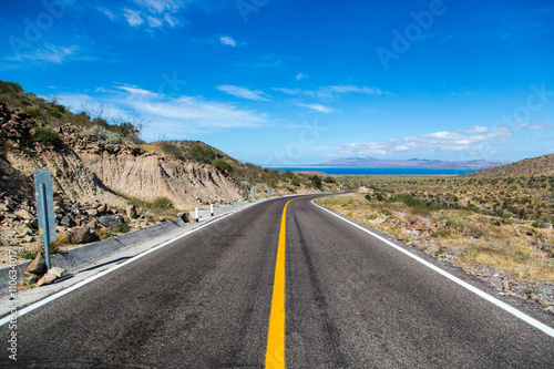 Photo Empty road in Baja California, Mexico