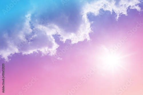 Photo  sun and cloud background with a pastel colored
