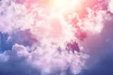 słońce i chmura tła w pastelowych kolorach - 110656211