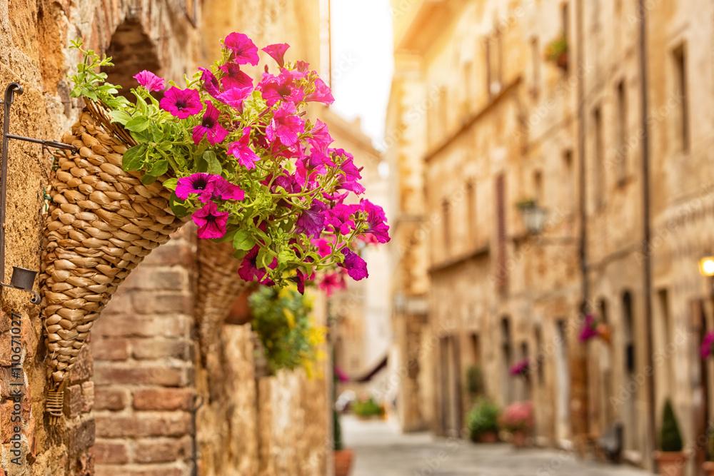 Fototapety, obrazy: Kolorowa ulica w Pienzie, Toskania, Włochy