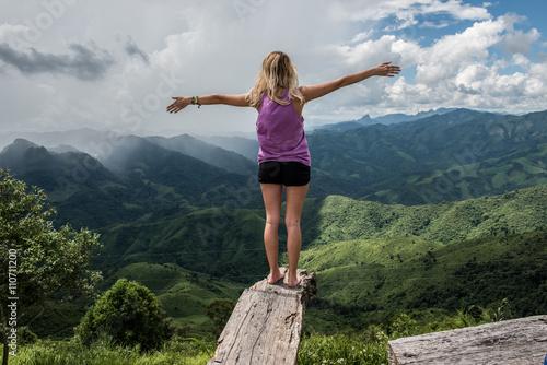 Fotografie, Obraz  Enjoying At Mountaintop