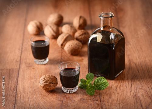Tela nocino alla menta - liquore alle noci italiano