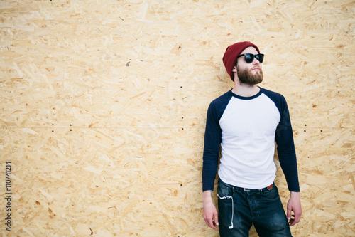 Foto  hipster man wearing glasses