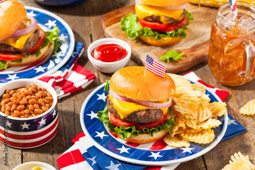 Fotografie, Obraz  Homemade Memorial Day Hamburger Picnic
