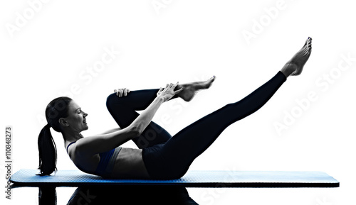 woman pilates exercises fitness isolated Fototapete