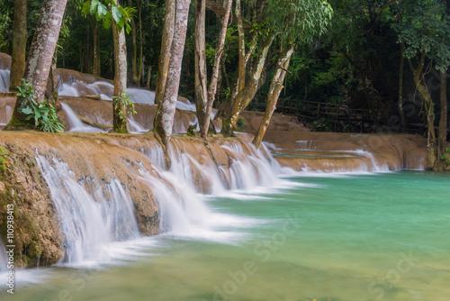 Cadres-photo bureau Campagne Waterfall in rain forest (Tad Sae Waterfalls at Luang prabang, L
