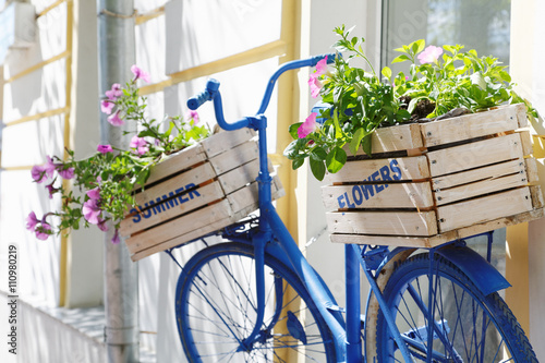 old bicycle with flowers box - 110980219