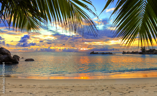 Poster Tropical plage Tropical beach at sunset