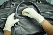 Leather Bag Cleaning  To Remov...