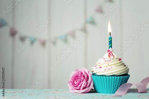 Photo Birthday cupcake