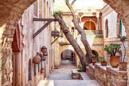 Foto op Canvas Marokko In der Medina der afrikanischen Hafenstadt Agadir in Marokko mit vielen Sehenswürdigkeiten und prachtvollem Baustil