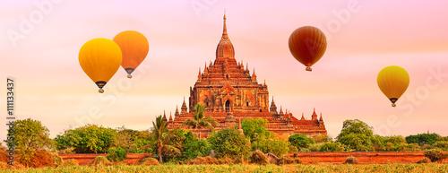 Obraz na plátně  Htilominlo Temple in Bagan. Myanmar.