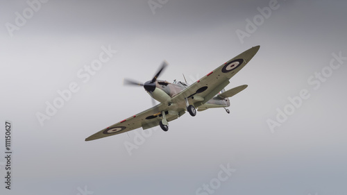 Photo Vintage Spitfire fighter aircraft