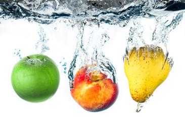 Fototapeta Owoce mela,pera e pesca splash
