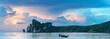 canvas print picture - Bucht von Phi Phi Island Thailand am Morgen