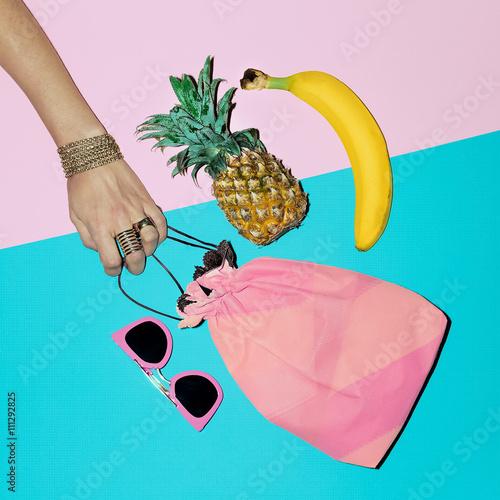 Papiers peints Cactus Tropical Summer. Fashion accessories. Beach Lady Style.
