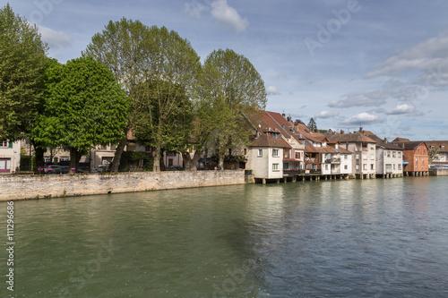 Foto auf AluDibond Stadt am Wasser La Loue à Ornans
